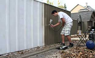 Timber Fencing Painting/ Metal Fencing Painting